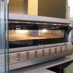 gamo-retroliner-340-verkaufsanhaenger-imbisswagen-pizza-bar-pizzaofen