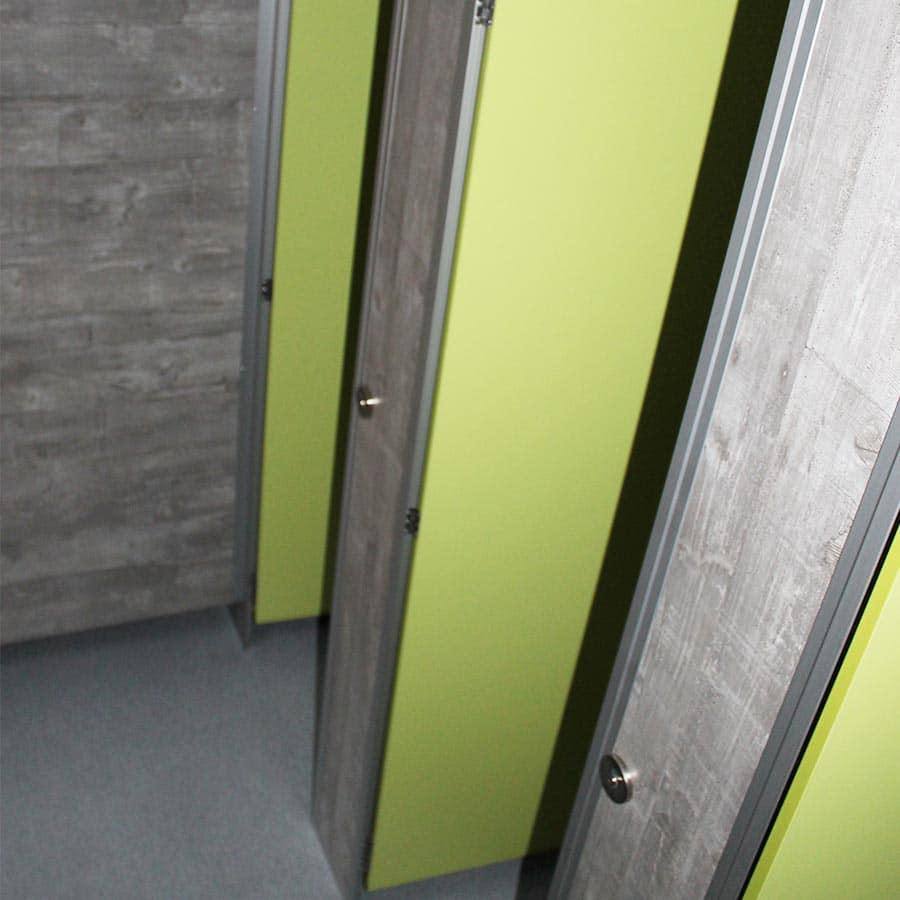 gamo-toilettenwagen-ftt-460-innenansicht-tueren