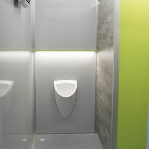 gamo-toilettenwagen-toilettenanhaenger-gruen